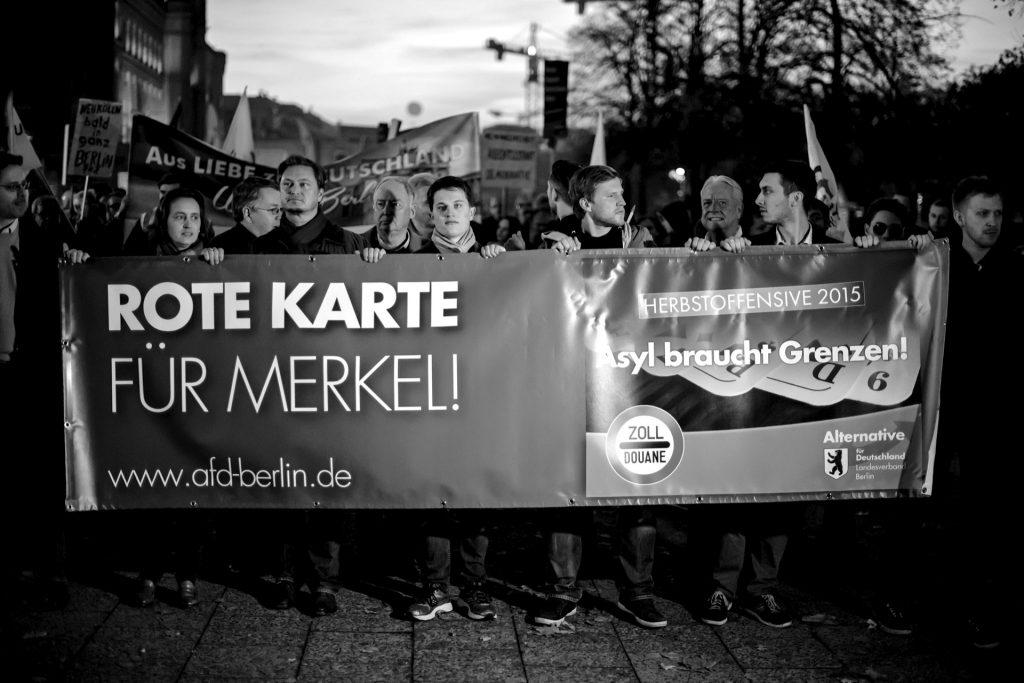 Aufmarsch der AfD in Berlin gegen Flüchtlinge